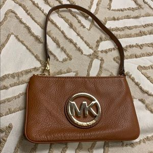 Michael Kors wristlet in very good condition